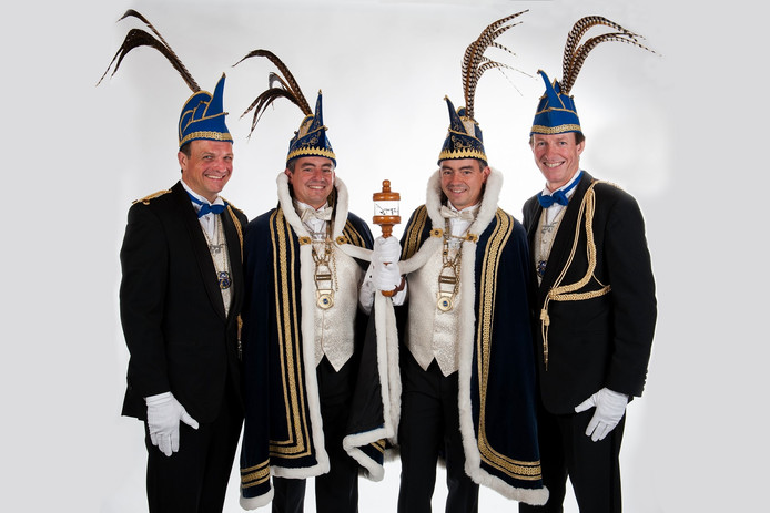 Prins Populus I & II en de adjudanten Harald Verhoeven en Anton Hermes .