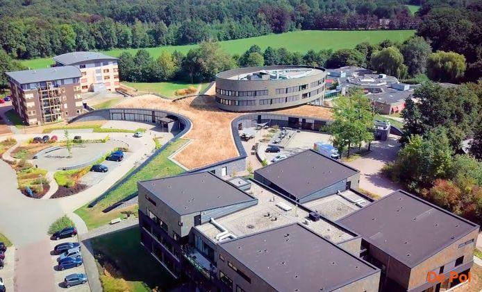 Verzorgingstehuis De Pol in Nijkerk, waar 33 van de 105 bewoners besmet zijn geraakt met het coronavirus.