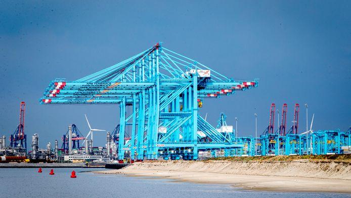 Rotterdamse haven. 'Nederland heeft net als vorig jaar de beste haveninfrastructuur ter wereld.'