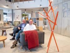 Wolters Wonen in Nijverdal bracht ooit meubels rond per bakfiets, maar verkoopt nu online