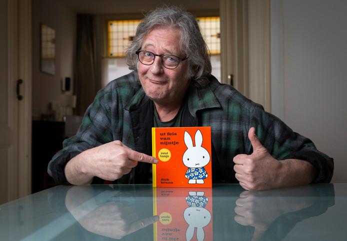 Robert-Jan Rueb die het boek Het feest van Nijntje heeft vertaald in het Haags: Ut feis van Nijntje