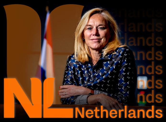 Het nieuwe logo bestaat uit twee onderdelen: de letters 'NL' in de vorm van een gestyleerde, oranje tulp en daarnaast in oranje letters 'Netherlands'.