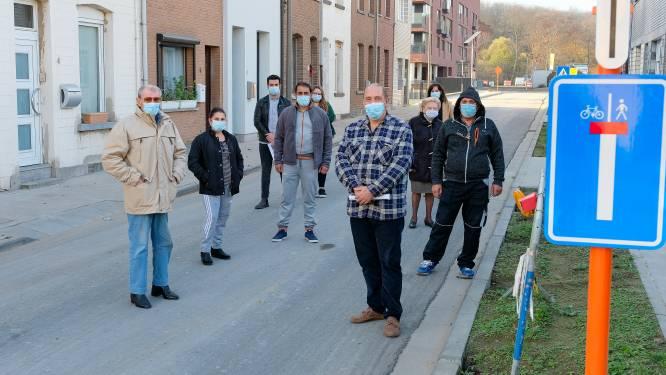 """Werkzaamheden aan Willem Debackerstraat doen bewoners grijs haar krijgen: """"Ik heb al gedacht aan verhuizen"""""""