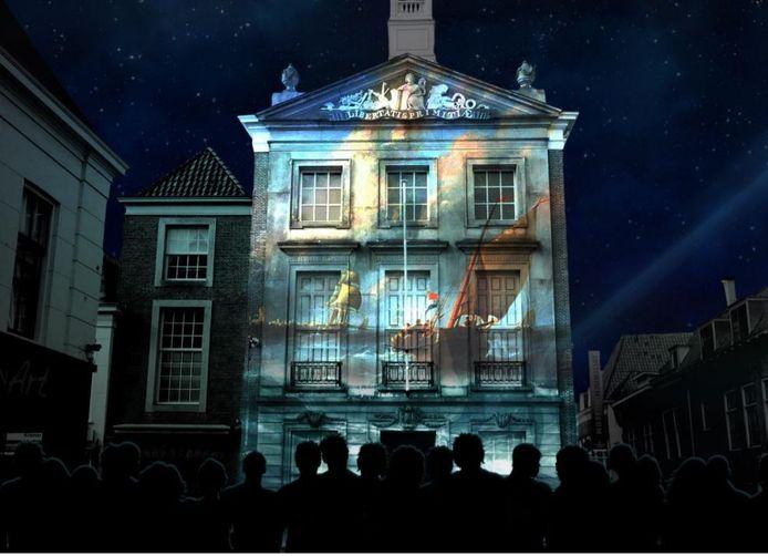 De bedoeling is dat op 1 april 2022 op de gevel van het oude stadhuis een licht- en geluidsshow wordt verzorgd.