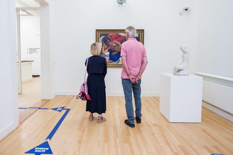 De eerste bezoekers in Museum de Fundatie in Zwolle op 1 juni 2020. Beeld Hollandse Hoogte /  ANP