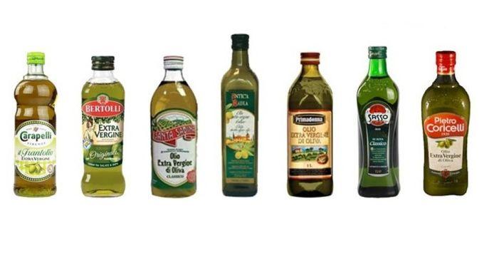 Alle merken olijfolie die onderzocht zullen worden. Fles nummer twee is van Bertolli en de vijfde fles is van het merk Primadonna dat in de Lidl wordt verkocht.