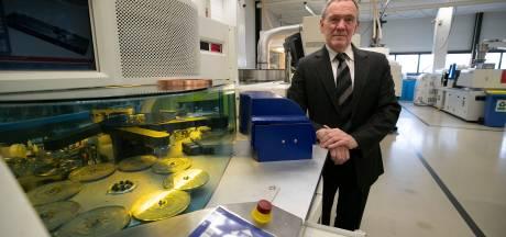 Axxicon in Son wil groot worden met cd's met chemische fabriekjes
