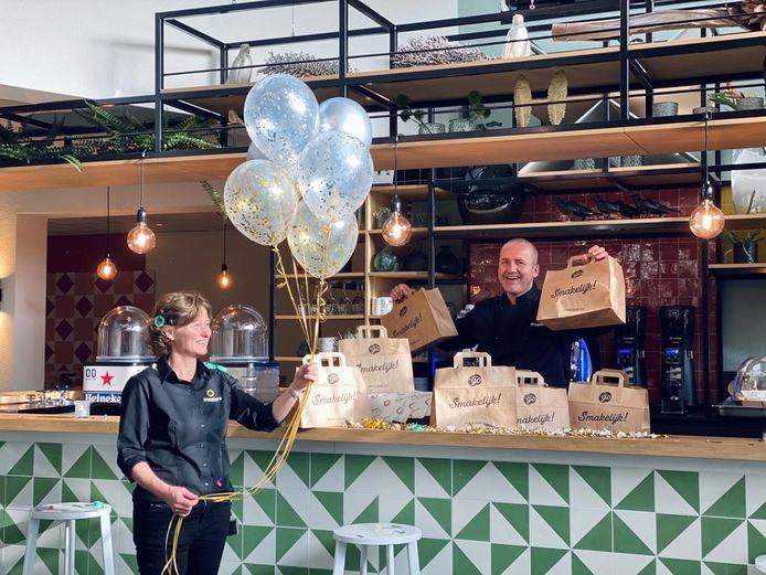 De feestelijke start bande nieuwe lunchservice van IBN Uden.