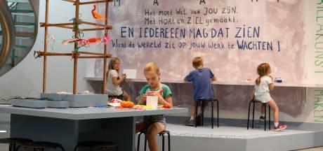 Zelf kunst maken tijdens Summerschool in Stedelijk Museum