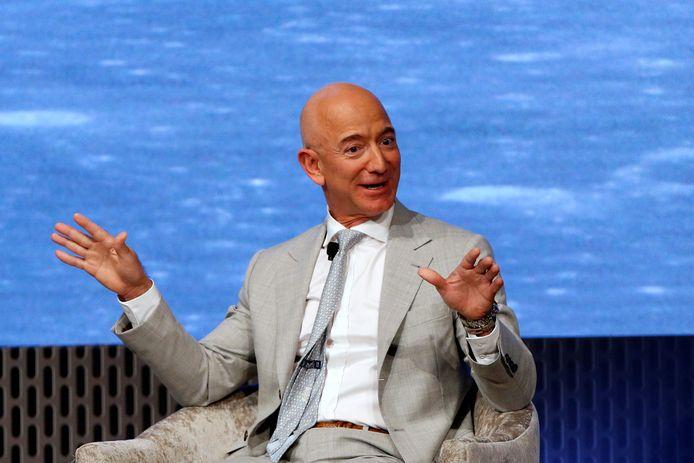 """""""Al sinds ik vijf jaar oud was, droom ik ervan om naar de ruimte te reizen"""", zegt Amazon-topman Jeff Bezos."""