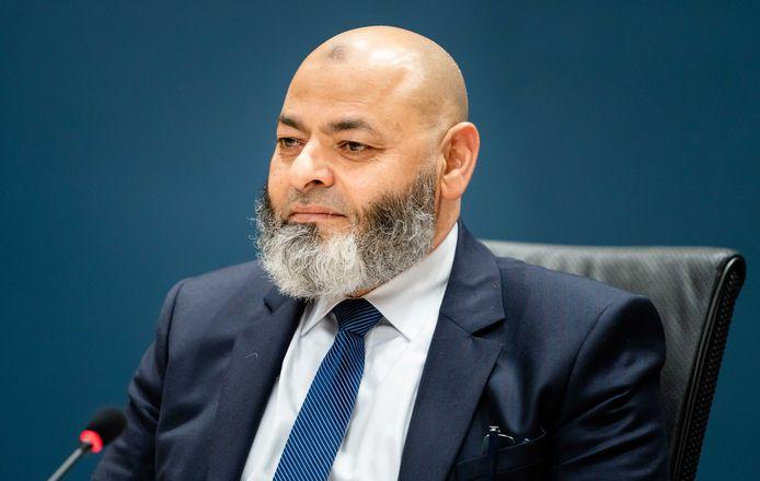 Nasr El Damanhoury, voormalig directeur Stichting Waqf, tijdens de openbare verhoren van de parlementaire ondervragingscommissie.