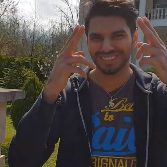 Shahin Gheiybe in de instagram-video.