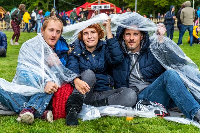 Xander, Miranda en Steven.