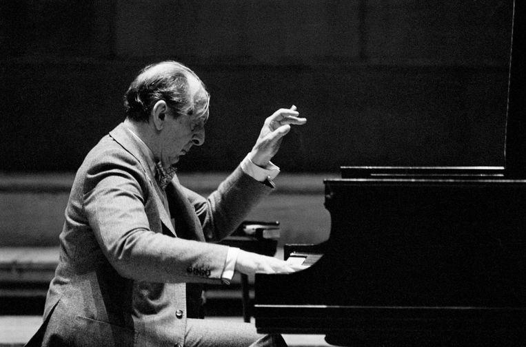 Pianist: Vladimir Horowitz. 'Technisch was er niemand beter dan hij. Voor hem was de piano een magisch stuk speelgoed. Dat zou ik ook willen leren.' Beeld Getty