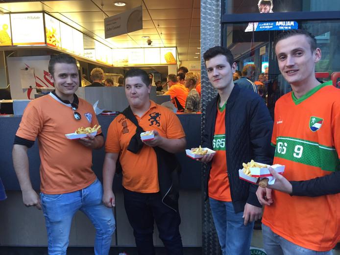 Vrienden Sander, Cas, Jordy en Rico uit America in Limburg