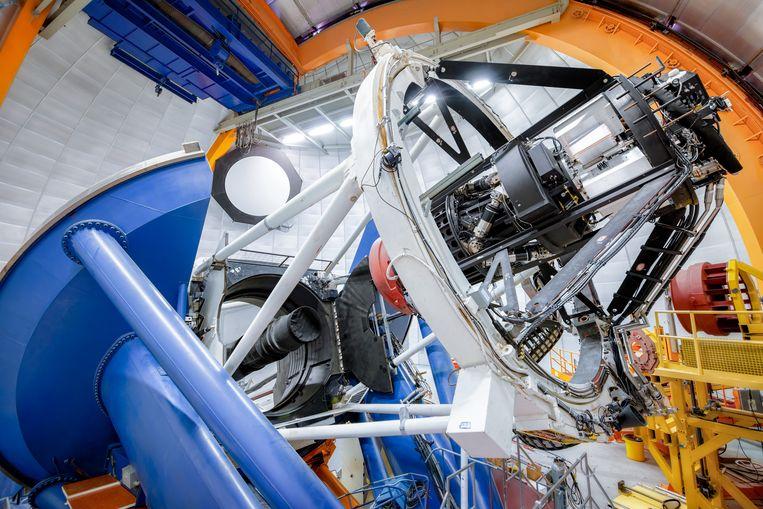 De telescoop waarmee astronomen de enorme komeet ontekten, de zogeheten Dark Energy Camera (DECam) in Chili. Beeld DOE/FNAL/DECam/R. Hahn/CTIO/NOIR