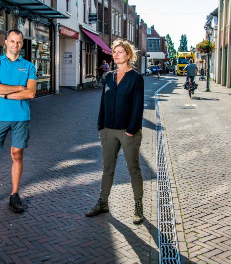 'Corona en fietsverbod in Dorpsstraat is doodsteek voor mijn bedrijf'