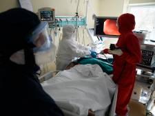 Nouveau record de décès quotidiens en Russie: plus d'un millier de décès en 24h