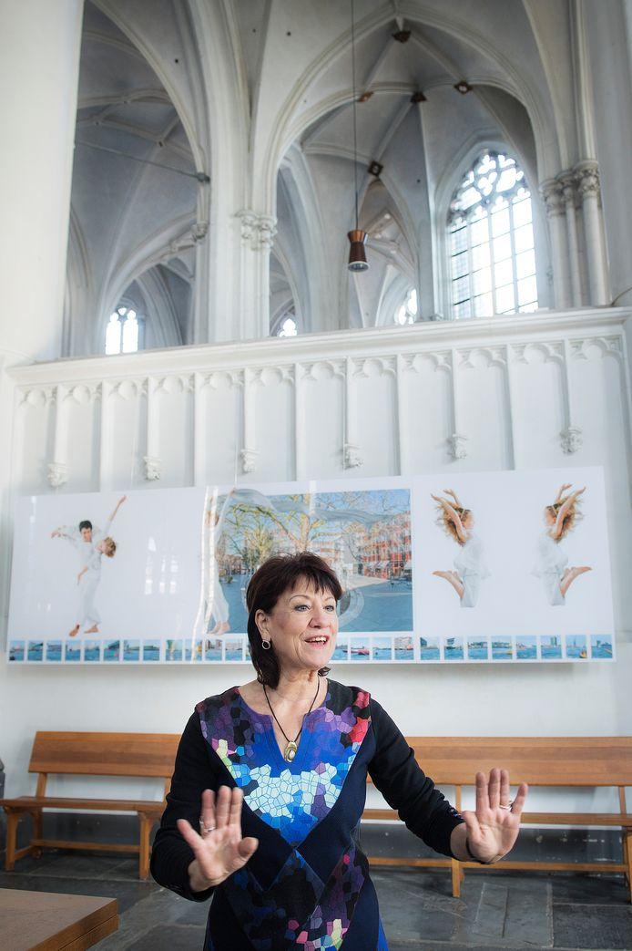 Thea van den Heuvel exposeert in de Stevenskerk.