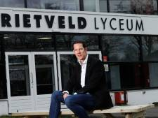 De jongste scheidsrechter is nu rector op een middelbare school: 'Prachtige school moet over vijftien jaar nog steeds toekomstbestendig zijn'