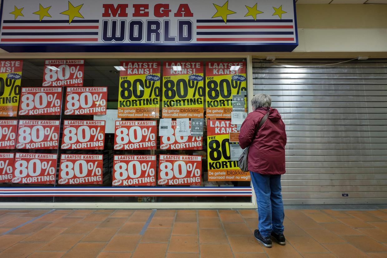 De vakbonden bij Mega World hebben geen goed oog in de Nederlandse eigenaar Dirk Bron Beeld Photo News