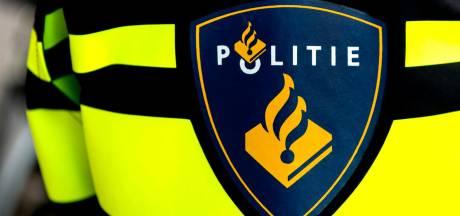 Politie Elst zoekt winkeldief met dichtgeslagen ogen