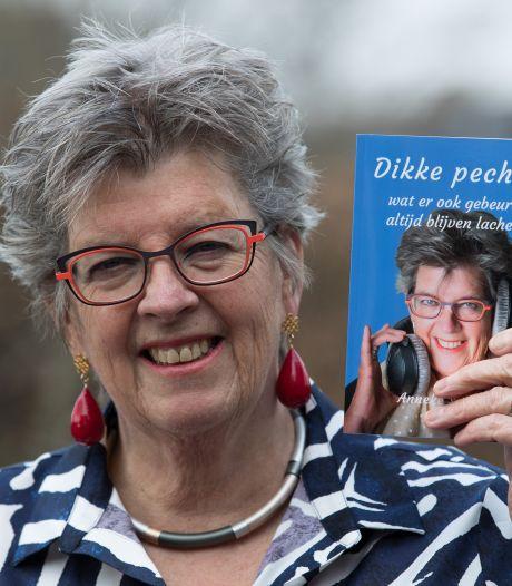 Anneke (67) uit Raalte geeft tips over het moderne daten op leeftijd: 'Omdat ik weet dat het niet leuk is om alleen te zijn'
