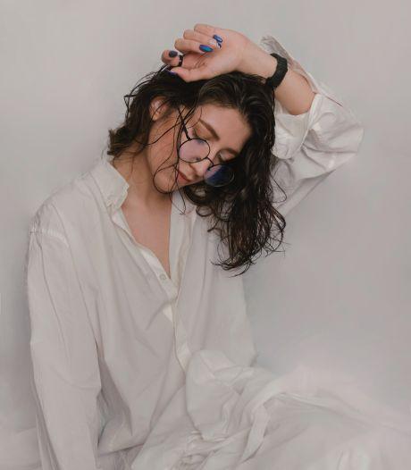 Pourquoi il ne faut jamais dormir les cheveux mouillés