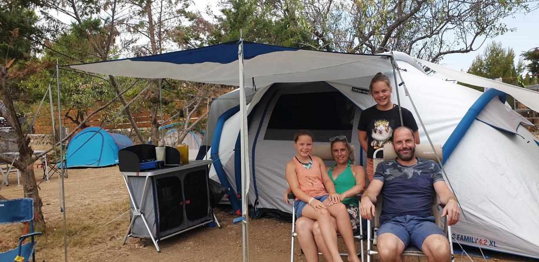 Familie Wyckhuyse zit momenteel op een camping in de regio Perpignan. Beeld rv