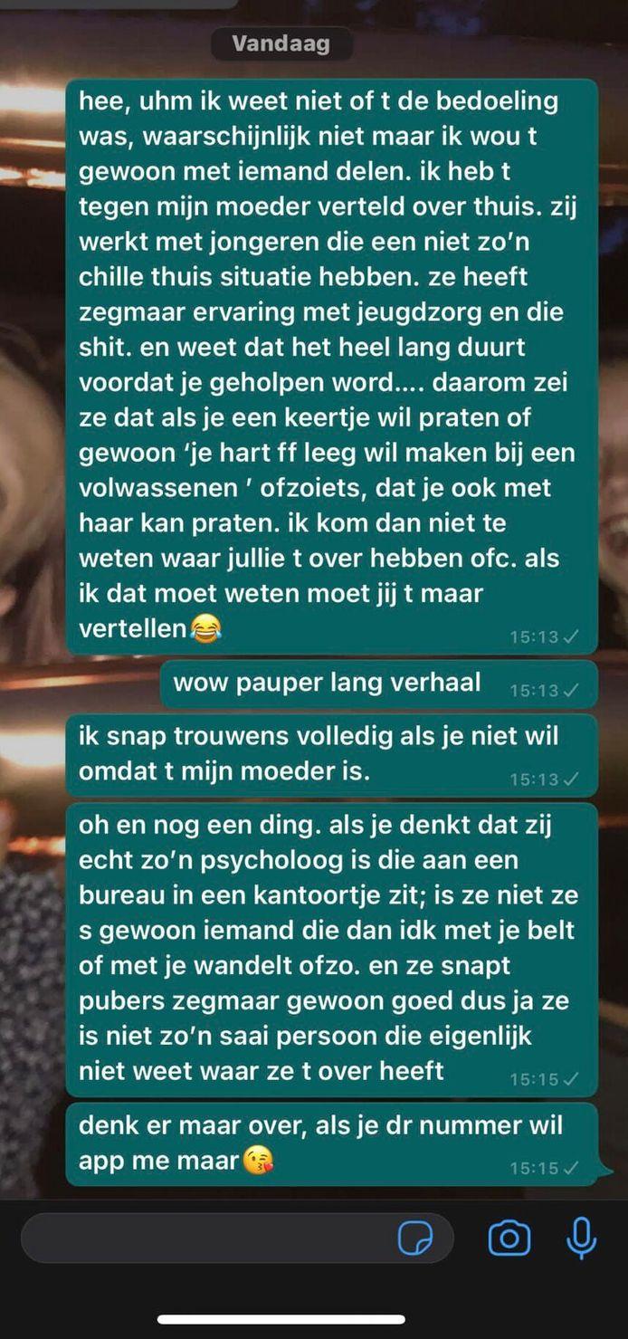 De dochter van Marijn stuurde een berichtje naar haar vriendin.
