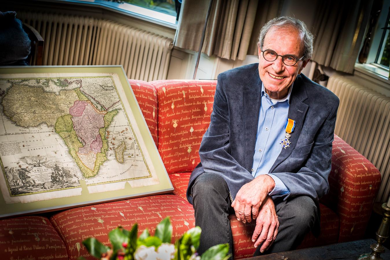 Gerard van Noort was in de jaren '70 acht jaar lang médicin-chef van een ziekenhuis in Kameroen. Na zijn terugkeer naar Nederland zette hij zich vele jaren in voor het land dat gelegen is in westelijk Centraal Afrika.