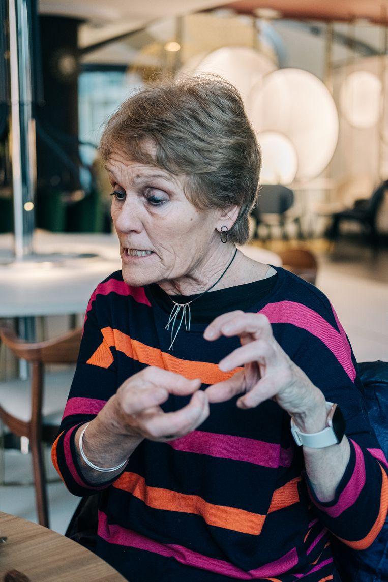 De Britse neurowetenschapper Gina Rippon: 'Dat ene populaire onderzoek uit 2014 waar die roze en blauwe schedelpannen bij stonden, claimde dat de hersenconnecties bij mannen en vrouwen enorm verschillen. Maar van de 34.000 toonde de publicatie er slechts de honderd die wat afweken.' Beeld Wouter Van Vooren