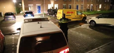 DHL-koerier bestolen op Sartrezijde