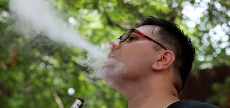 '74 Britten kampen met gezondheidsproblemen door gebruik e-sigaret'