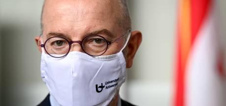 """Pierre Van Damme: """"Tous les vaccins utilisés en Belgique sont efficaces, y compris contre le variant britannique"""""""