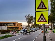 'Grijp in op Lentse kruising waar kinderen oversteken, wacht niet tot er een ernstig ongeluk gebeurt'