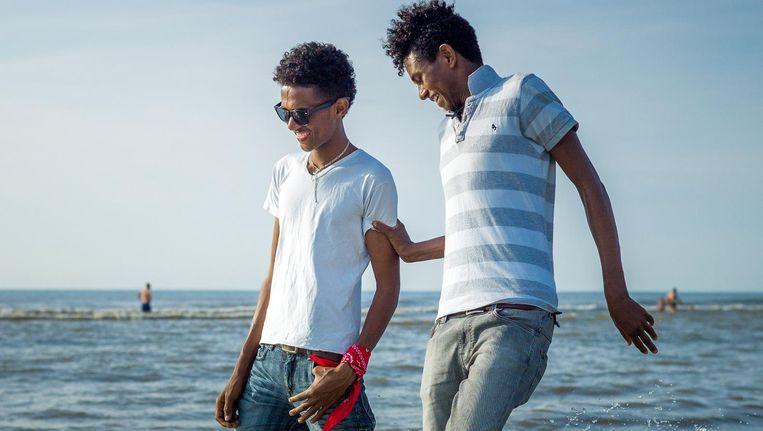 Samuel (links) en Meron (17), eeneiige tweeling Beeld Lieven Engelen