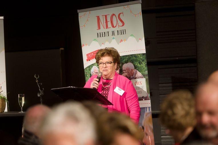 De voorzitster Jeanne Worms aan het woord.
