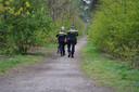 De politie speurt naar de dader(s).