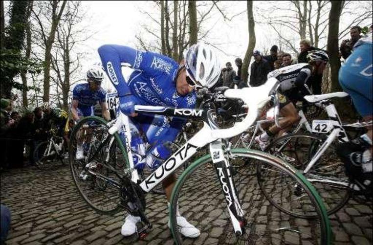 Kevyn Ista rijdt de Driedaagse van West-Vlaanderen. Beeld UNKNOWN