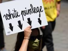 Kritiek op toon racismedebat: 'Noem mensen geen racist als ze dat niet zijn'