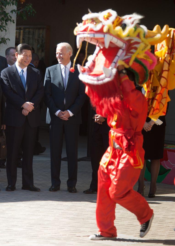 In februari 2012 was Xi Jinping vijf dagen op bezoek in de Verenigde Staten. Gastheer toen: Joe Biden.                        Beeld Foto  Tim Rue / Getty