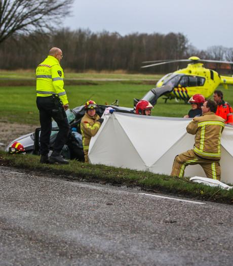 Vrouw (19) overlijdt aan zware verwondingen na ongeluk door rukwind in Heusden