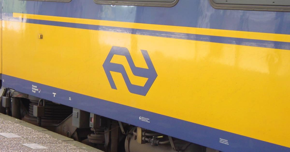 Tot elf uur geen treinverkeer tussen Tilburg en Boxtel door aanrijding.