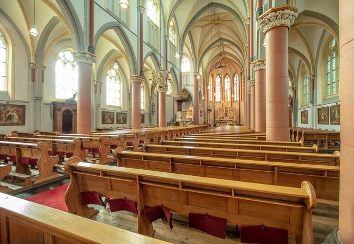 De Sint Clemenskerk in Waalwijk.