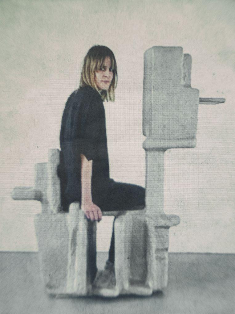 Nadja Schlenker (32). Geboren in Göppingen (Duitsland), woonplaats Amsterdam. Afstudeerrichting: DesignLab. Beeld © Jitske Schols