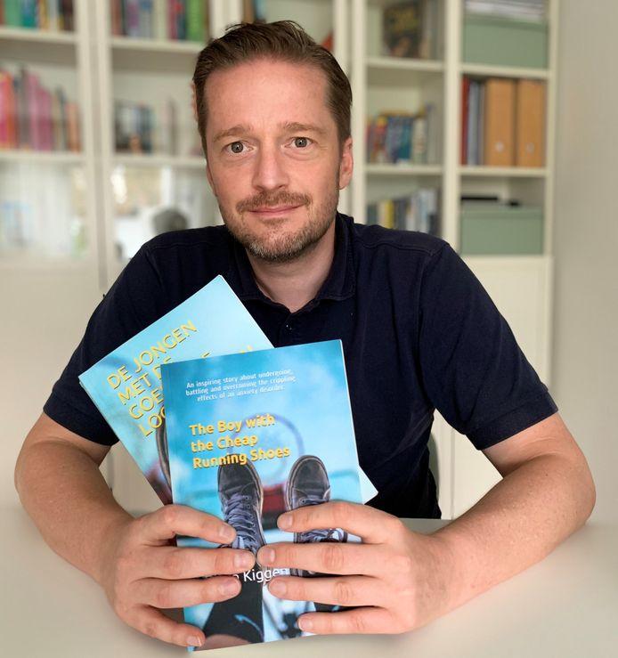Bjorn Kiggen uit Bocholt wil met zijn boek meer jongeren en hun ouders in psychische moeilijkheden helpen de weg naar een beter leven terug te vinden.