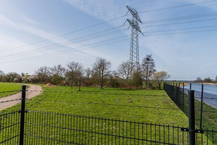 Op deze plek langs de Eem zouden de windmolens kunnen komen. Het is zoekgebied voor windmolens.