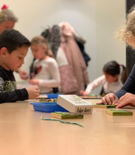'Pakje Kunst' geeft jeugd in Reeshof cultureel zetje