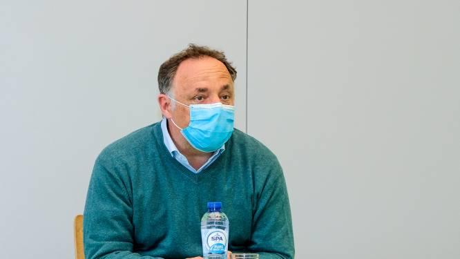 """Van Ranst: """"Reizen is niet de enige oorzaak, virus is nooit deftig weg geweest"""""""